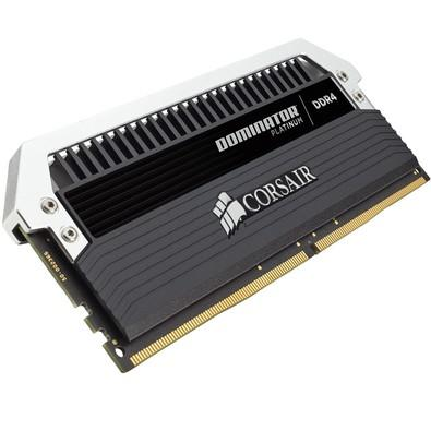 Memória Corsair Dominator Platinum 16GB (2x8GB) 3000Mhz DDR4 CL15 - CMD16GX4M2B3000C15